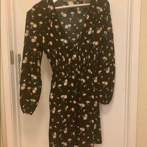Dresses & Skirts - Black flower dress